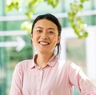 Ms. Helen  Geng
